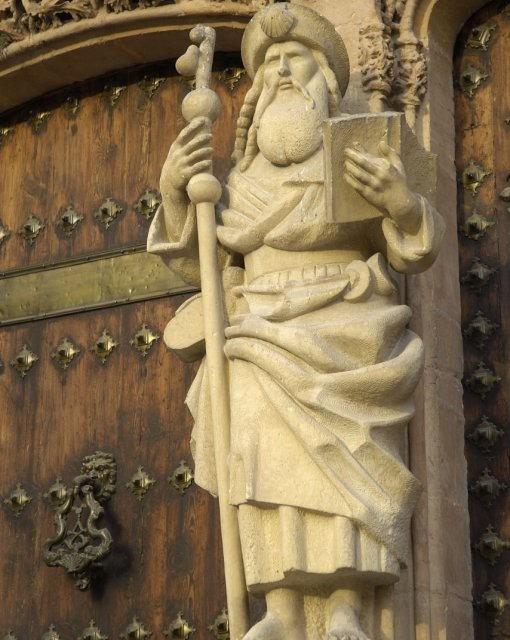 costa blanca orihuela santiago detalle de fachada de la iglesia