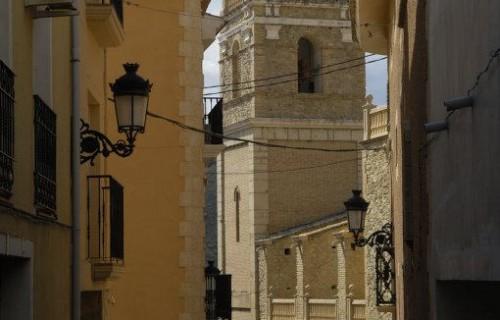 costa blanca relleu iglesia de san jaime entre calles