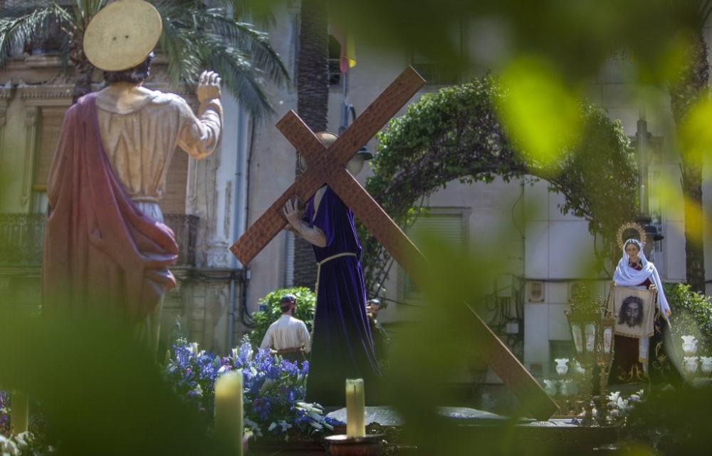 costa blanca semana santa crevillente cristo y la cruz enfocada