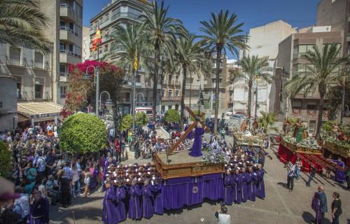 costa blanca semana santa crevillente procesion plaza del pueblo