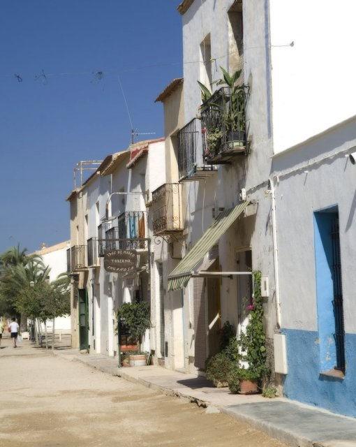 costa blanca tabarca calle tipica de la isla
