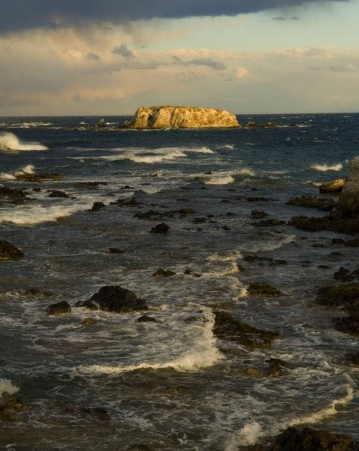 costa blanca tabarca isla en medio del mar de fondo