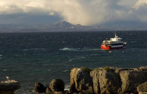 costa blanca tabarca marea de fondo y barco