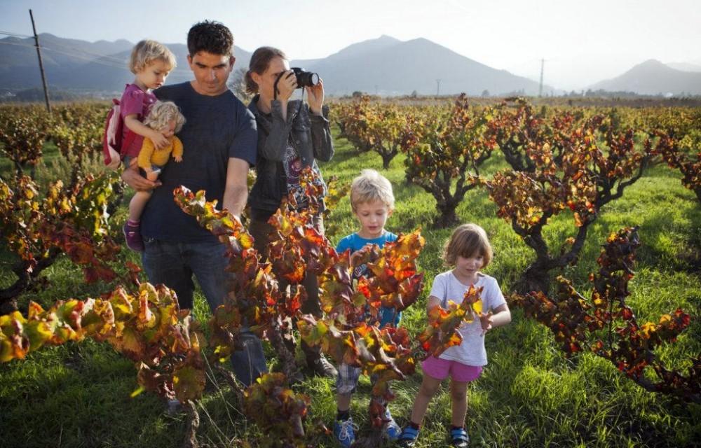 costa blanca valle del pop familia en el campo