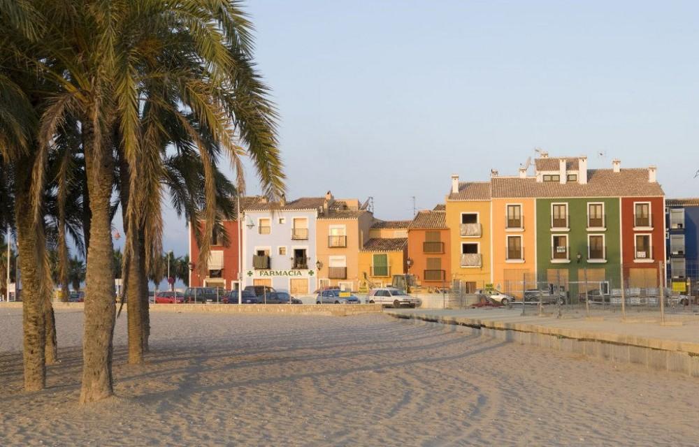 costa blanca villajoyosa arena y color