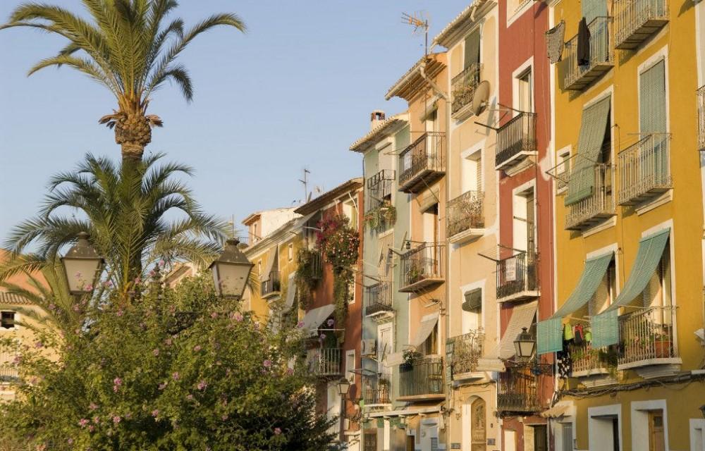 costa blanca villajoyosa bonitas casas de colores