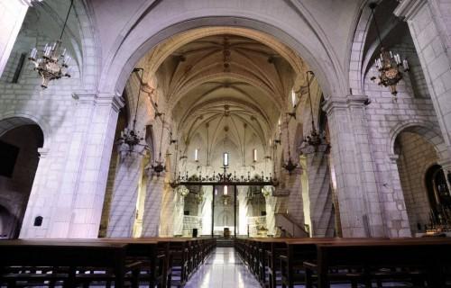 COSTA BLANCA VILLENA interior de una iglesia