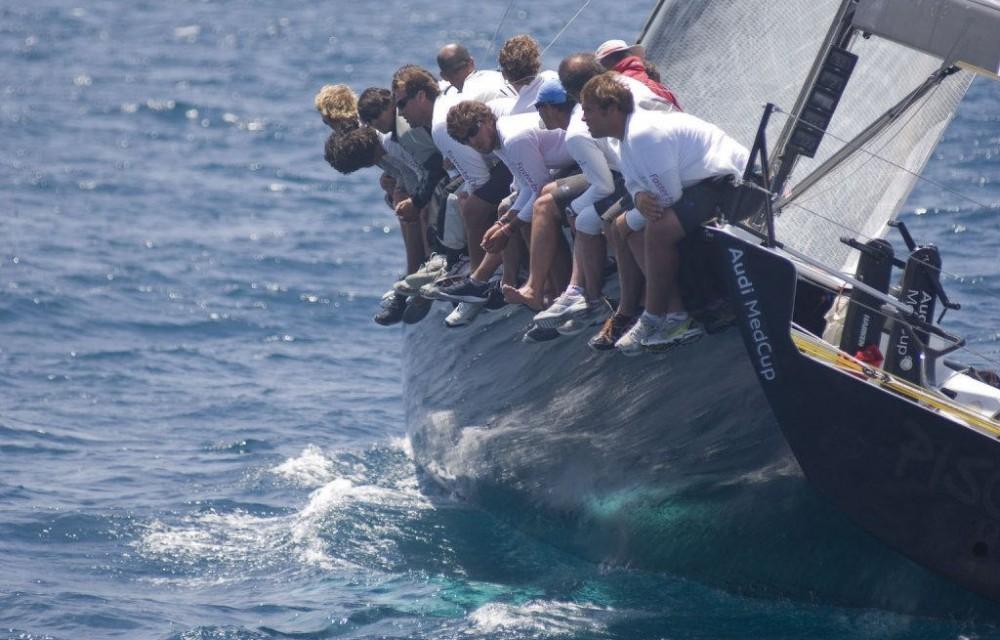 costa blanca volvo ocean race equipo haciendo peso